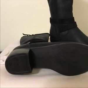 UGG Shoes - Gorgeous UGG Black Leather Boots